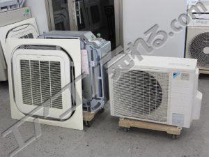 ダイキン製天井カセット形業務用エアコン2013年製